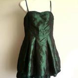 Вечернее муаровое платье бренда DIVIDCD by H&M