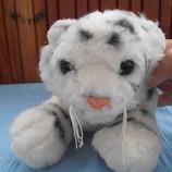 Тигр плюшевый 28 см