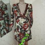 Красивое платье, бренд Look в паетках