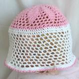 Вязаная шапочка для девочки Связанно с любовью 3-5 лет