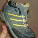 Классные кожаные детские ботинки Adidas Оригинал 26 16см