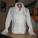Белая блуза с рюшами 38 р-р.
