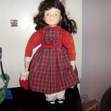 Коллекционная фарфоровая куколка CHARLOTTE THE PROMENADE COLLECTION 42 см Англия