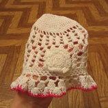 Нарядная вязаная шапочка на девочку 1 - 1,5 годика. В наличии.