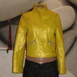 Кожаная куртка лимонного цвета,р-р S