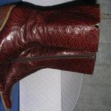 Классные демисезонные кожаные сапоги