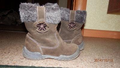 Фирменные, замшевые ботинки для девочки