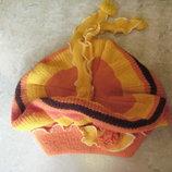Детская шапка - берет, объемная оранжевая, демисезон, на 7-8 лет