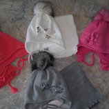 Теплые красивые комплекты шапка шарф зима для девченок