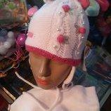 Детская зимняя шапка с шарфиком.