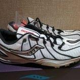Беговые кроссовки Saucony Endorphin. с шипами. 22 см