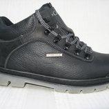 Зимние кроссовки типа каламбия натур.кожа натур.мех р.40-45 модель Б25МТ