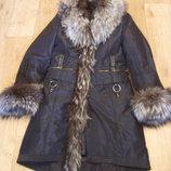 Зимнее пальто пихора с натуральным мехом чернобурки. Размер М