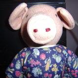 Прикольная мягкая игрушка ручной работы Свинка в платье