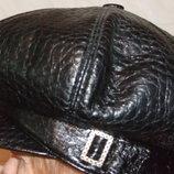 Женская шапка - берет р.57-60