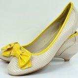 Красивые легкие комбинированные туфельки BEIGE 38