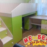 Кровать-Чердак с мобильным столом, пеналом, полками и лстницей-комодом кл9 Merabel