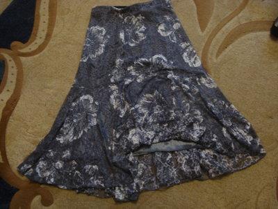 очень красивая кружевная юбка с гипюра