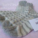 Нарядные вязаные женские шерстяные носочки ручной работы