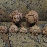 Малюсенькие глиняные овечки,символ года