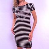 Платье в полоску из вязаного трикотажа, короткий рукав. Италия