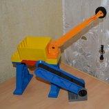 Lego Duplo кран и другие элементы погрузочного комплекса. Лего