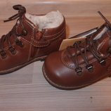 теплые ботинки Chicco 20,21, 23 размер в наличии