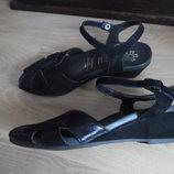босоножки женские на танкетке кожаные черные 23,5 см стелька