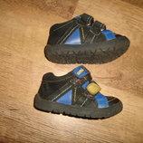 Отличные кожаные ботинки, стелька 13 см, кожа внутри и снаружи, Индонезия
