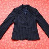 Жакет пиджак женский, б/у. Размер 12 М . Состояние нового, без нюансов. Длина 61 см, По груди 46