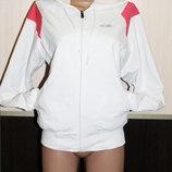 Теплая спортивная курточка -олимпийка