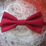 галстук бабочка красный