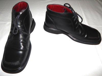 Черные кожаные мужские ботинки Clarks. Размер 9 43 .