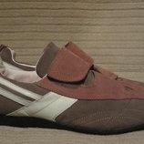 Легкие комбинированные кожаные кроссовки Miles. Англия. 41 р.