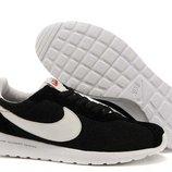 Кроссовки Nike Roshe Run LD Black White