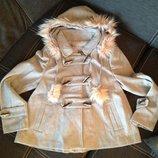 Пальто коротенькое в наличии