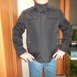черная демисезонная куртка из Америки