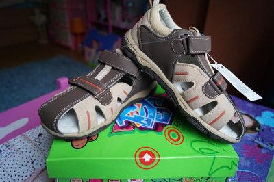 Босоножки для мальчика, бежево-коричневые, новые, 28,31,32,34 размер