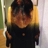 Пальто кашепировое с мехом песца. 44-48