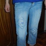 Модные укороченные джинсы-бойфренды 7/8 рваные 28р-р наш 42-44