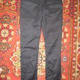 Блестящие черные джинсы Next Англия. 10 р.