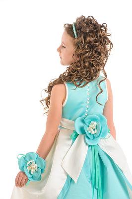 Прокат-продажа карнавальный костюм и нарядных платьев Киев-Борисполь