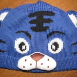 Классная демисезонная шапка для мальчика
