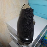 Демисезонные туфли 33 р. 23,5 см. на мальчика туфлі, деми, весна, осень, строгие