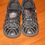 Отличные кроссовки Clarks размер 10 наш 28