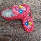 Лоферы , мокасины, туфли для девочки 23-25рр.