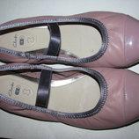 Нові Стильні брендові шкіряні балетки Clarks Оригінал Німеччина р.5 стелька 24 см