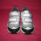 Кожаные кроссовки Clarks с мигалками - 25,5 размер - 8 G