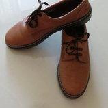 Кожаные демисезонные ботинки
