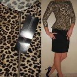 Платье леопардово-черное с баской НОВОЕ 10 38 р.
